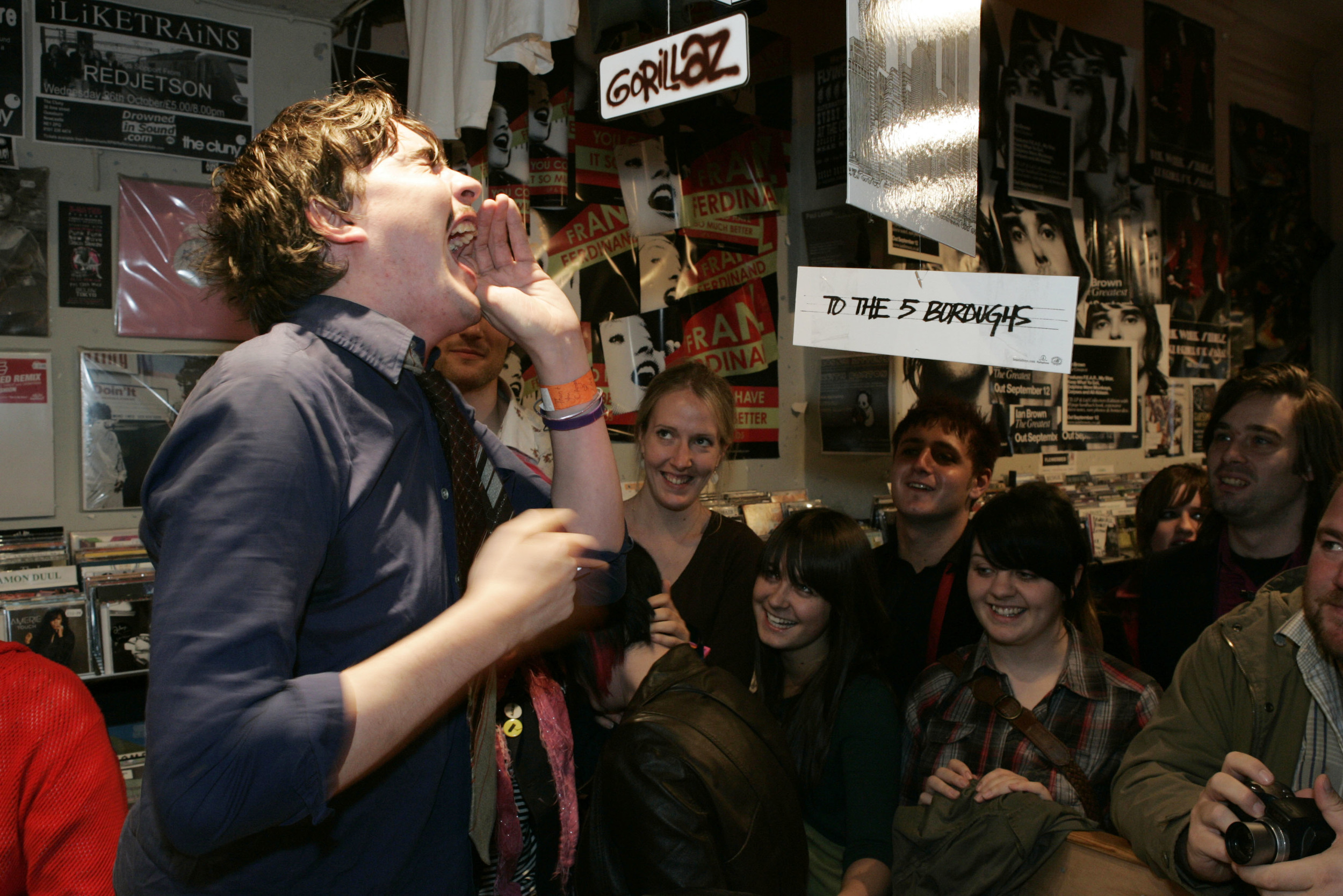 Art_Brut_NewcastleInstoreRPM_Records_Oct057.jpg