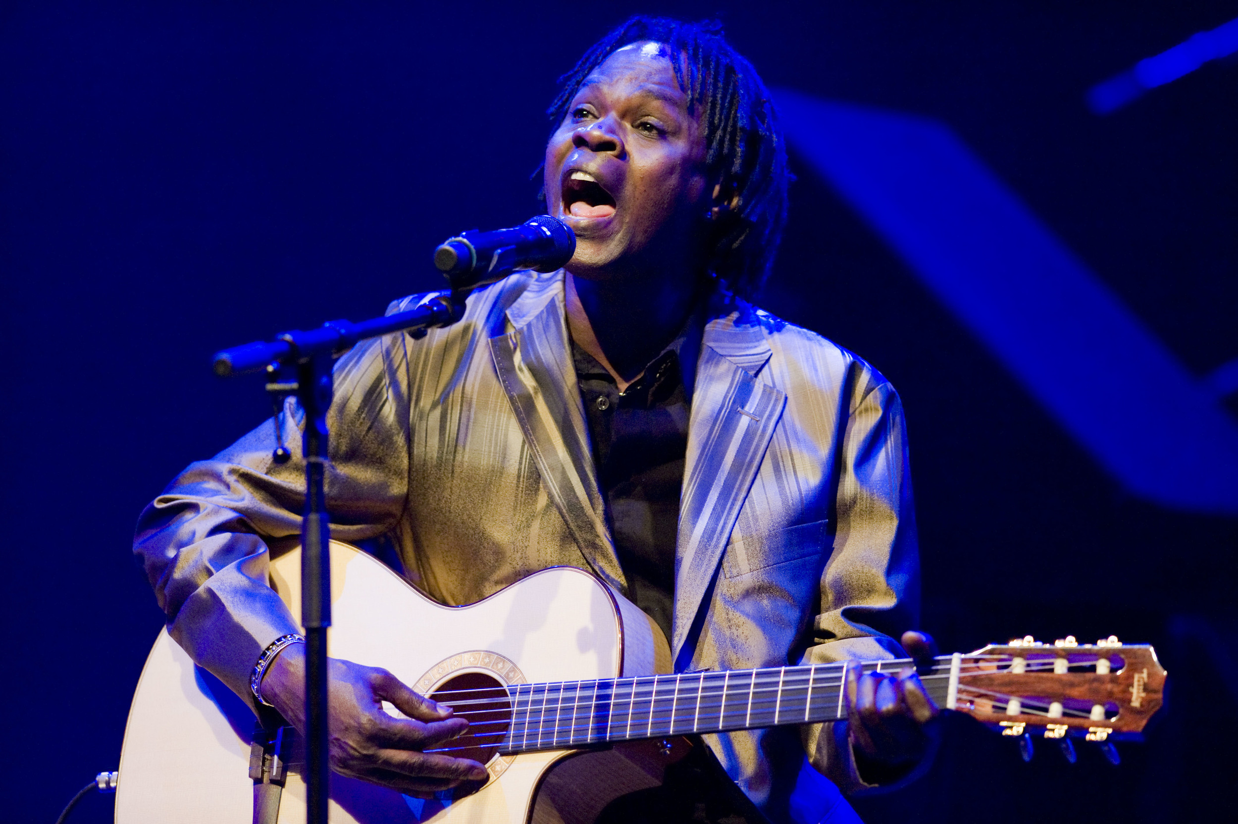 YLTenga_BaabaMaal_RFH_June15th_09_BBritton27.JPG