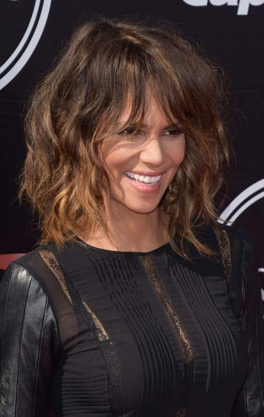 halle-berry-50-ans-14-aout-1966.jpg