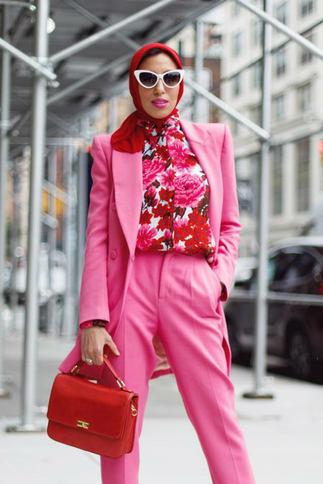 large_fustany-5-headscarves-you-should-have-for-fall-and-winter-2018-2019-hautehijab-3-en.jpg
