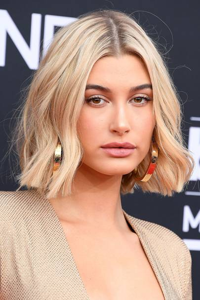 haileybaldwin_glamour_19sep18_gettyimages-961090466_p.jpg
