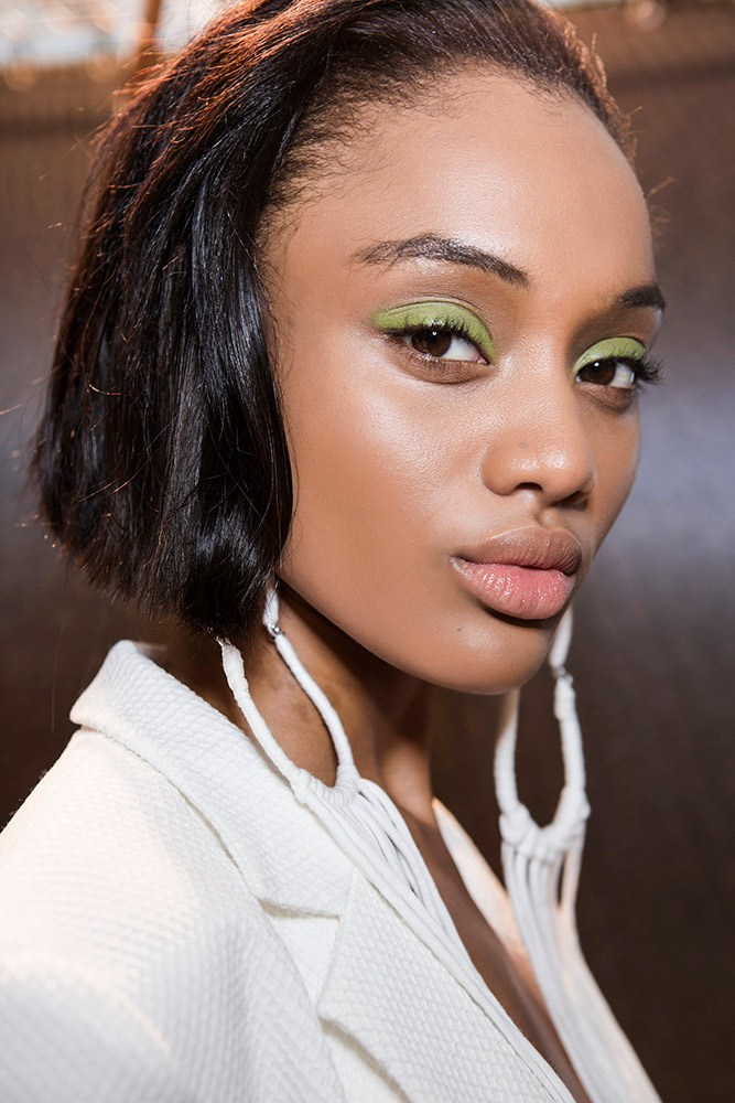 tracy-reese-spring-2018-beauty-green-eyeshadow-neutral-lipstick.jpg