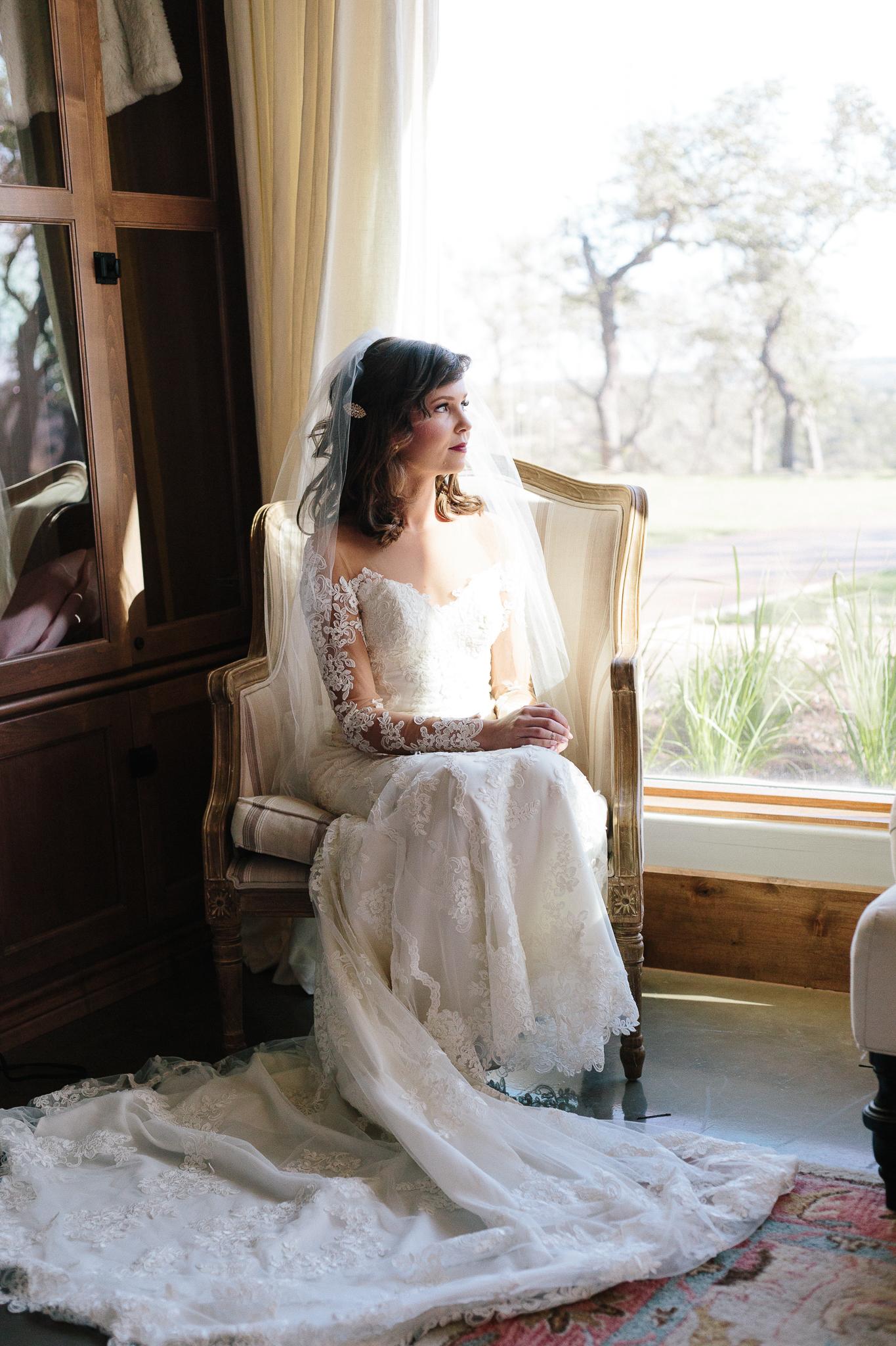 Alexandra-White-Austin-Wedding-Photographer-Canyonwood-Ridge00020.jpg