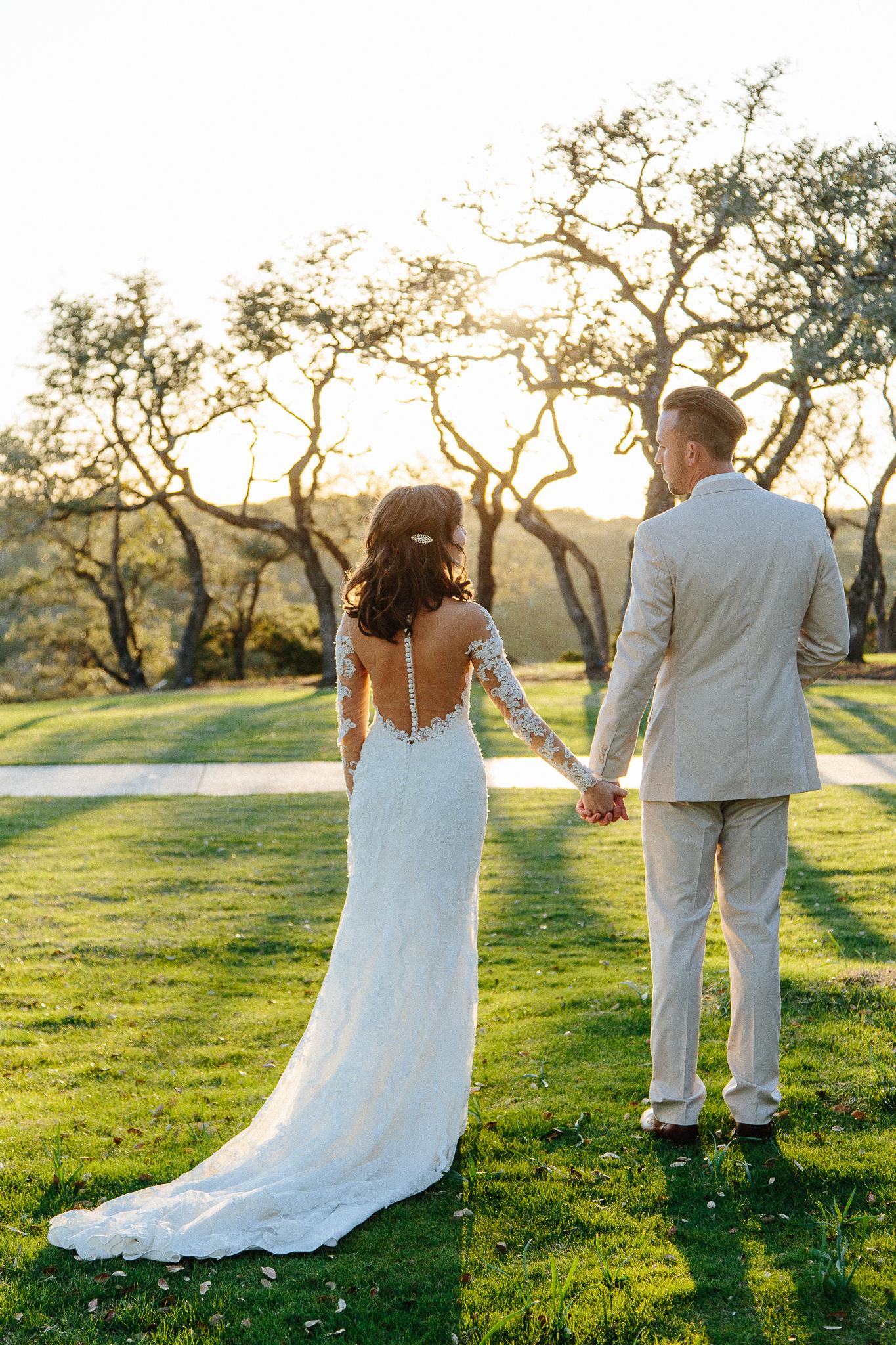 Alexandra-White-Austin-Wedding-Photographer-Canyonwood-Ridge00041.jpg