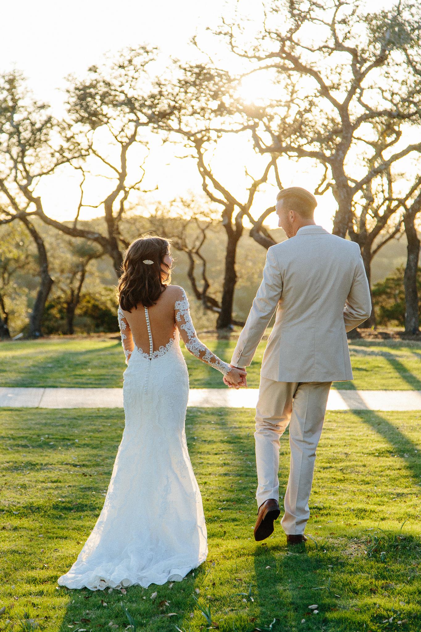 Alexandra-White-Austin-Wedding-Photographer-Canyonwood-Ridge00042.jpg