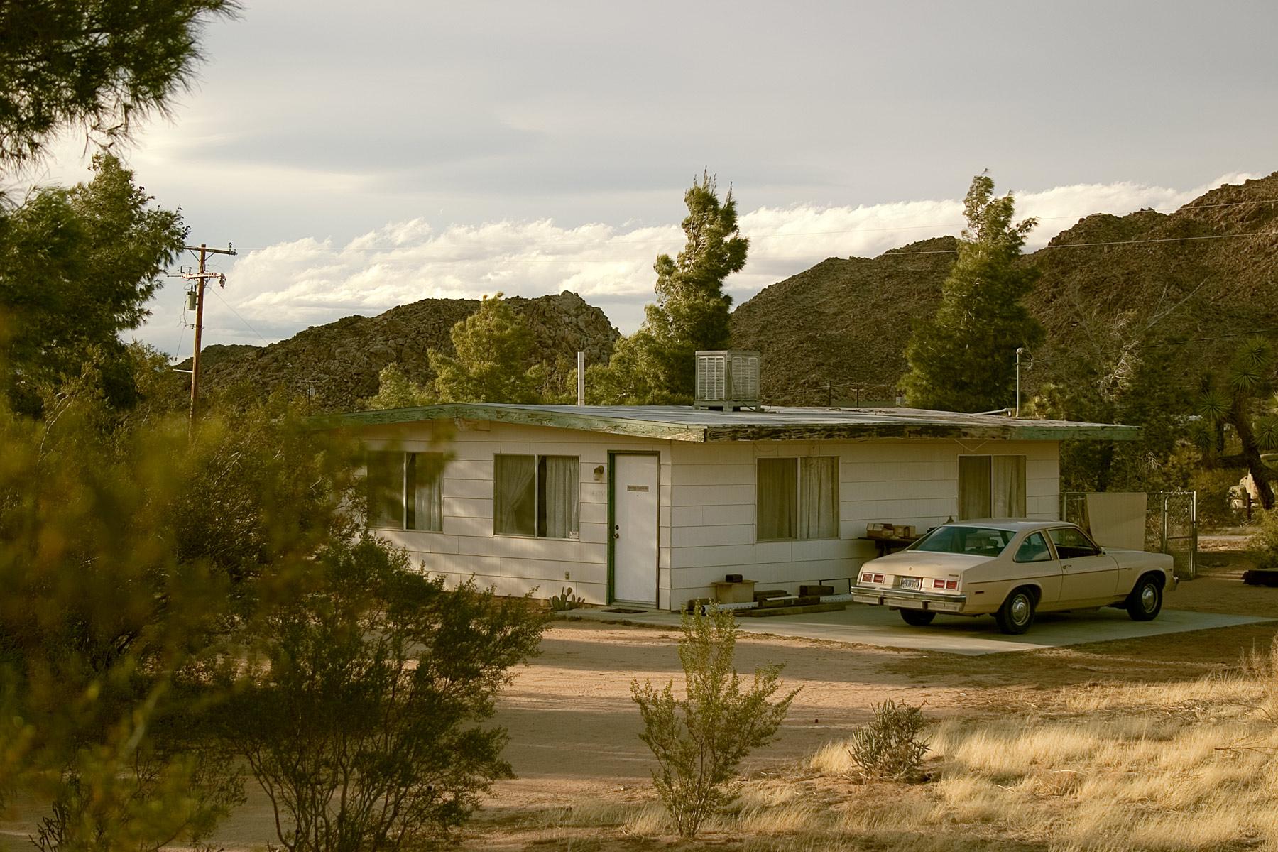 deserthouse.jpg