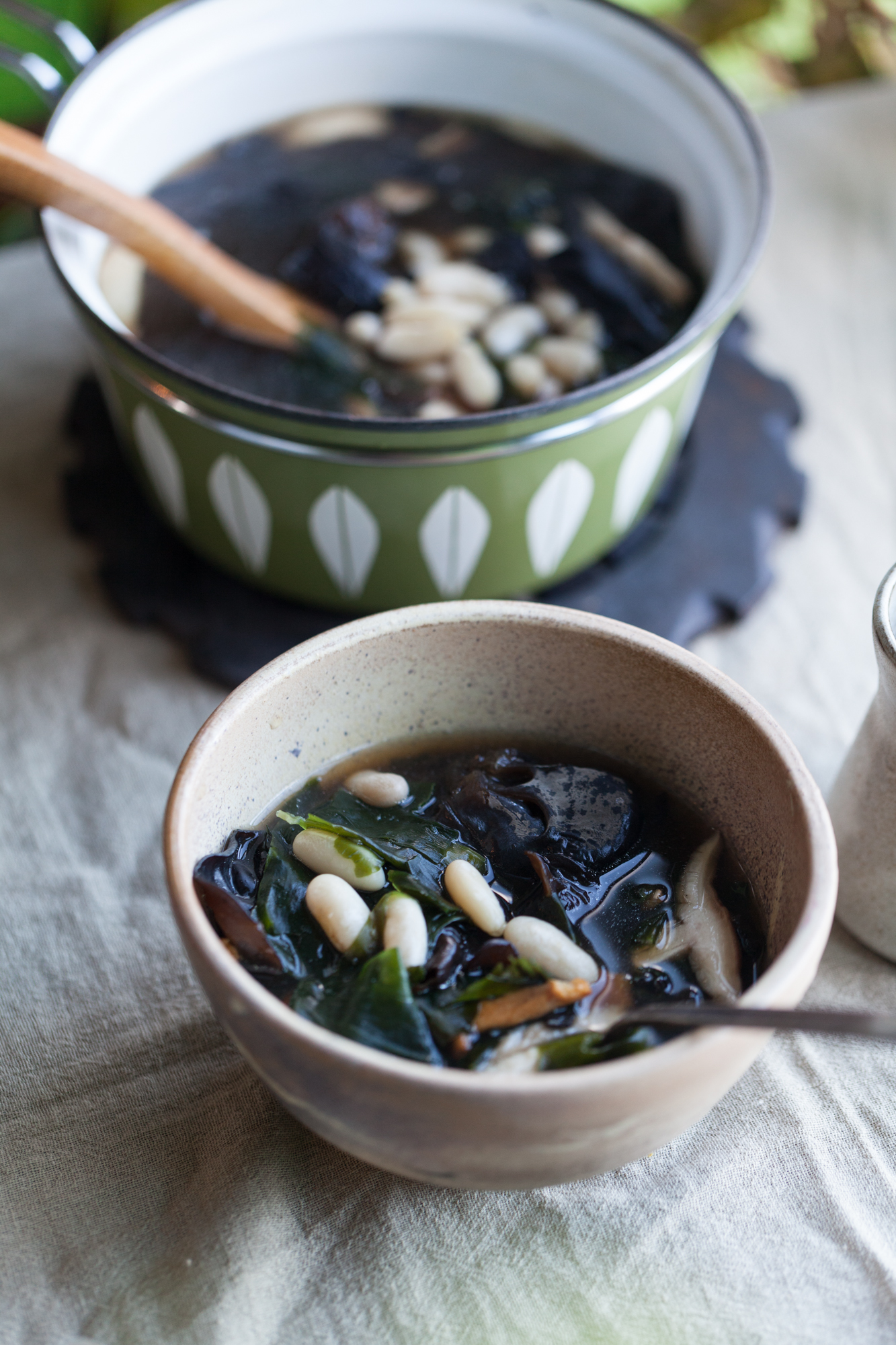 Both the wakame seaweed and the wood ear mushrooms give this soup an unbeatable texture.