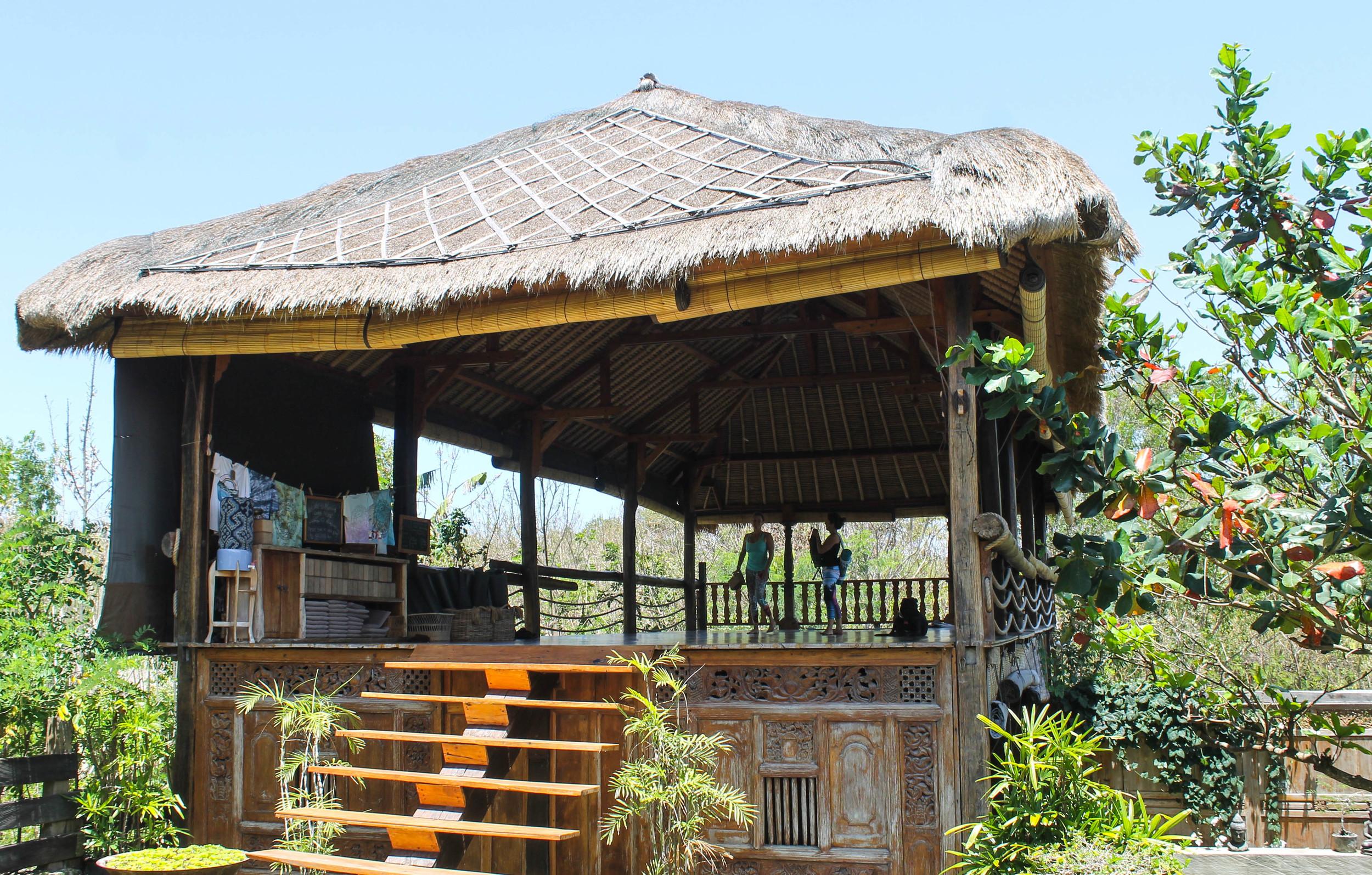 Yoga bungalow at Morning Light.