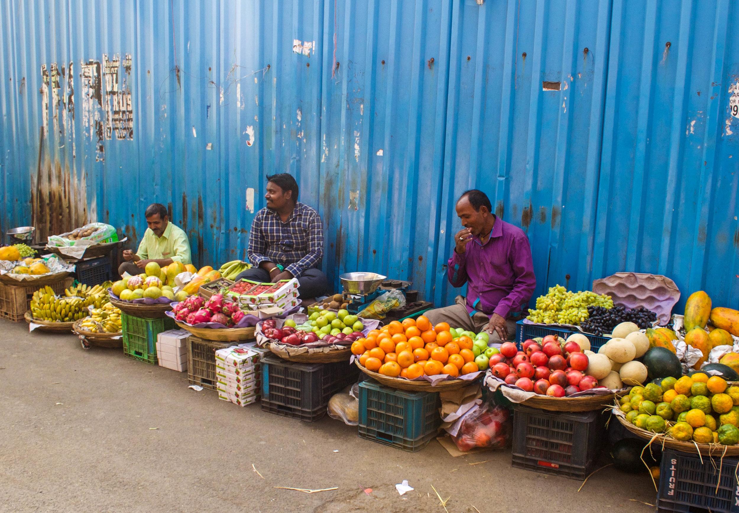 fruit-sellers-mumbai.jpg