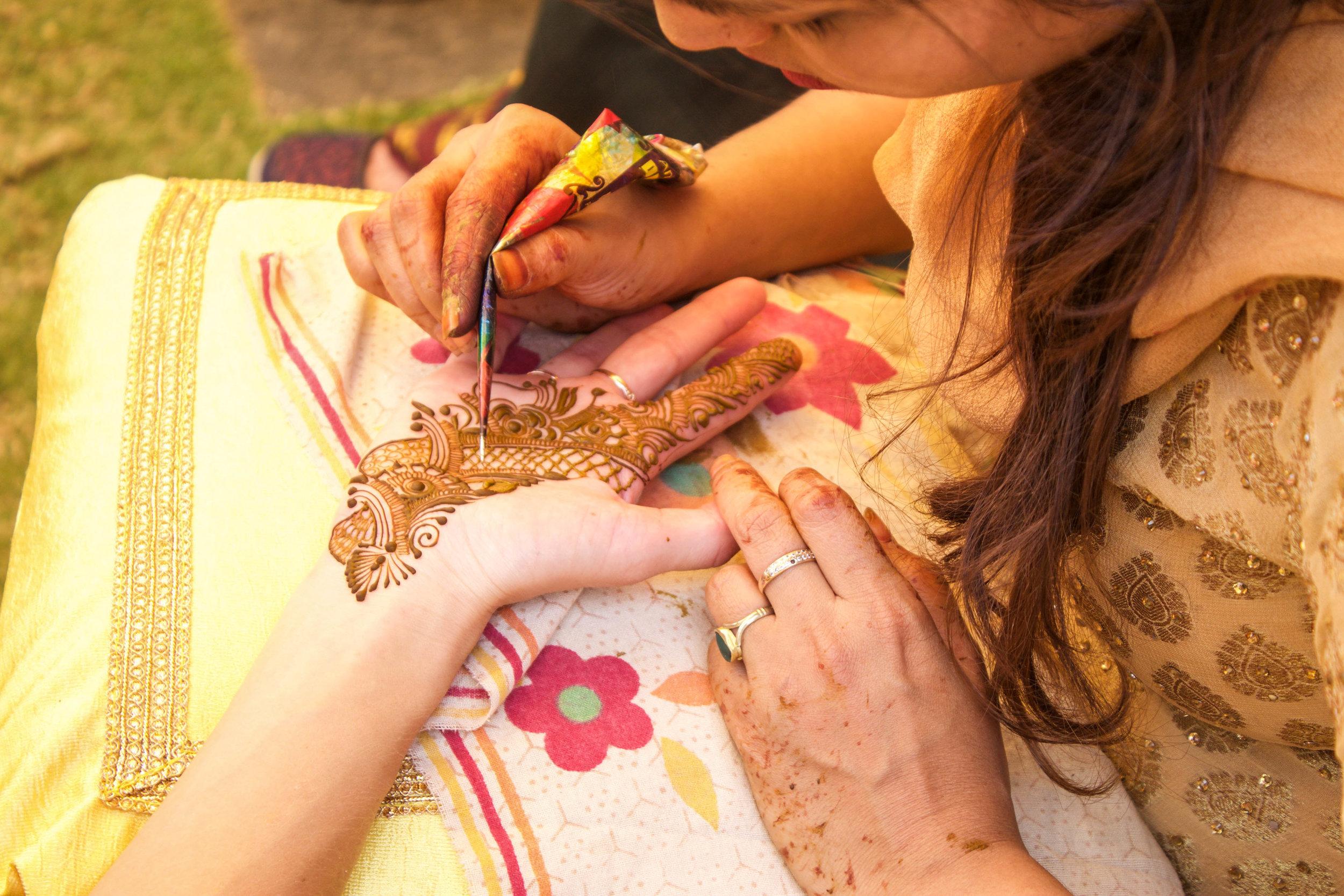 The henna.