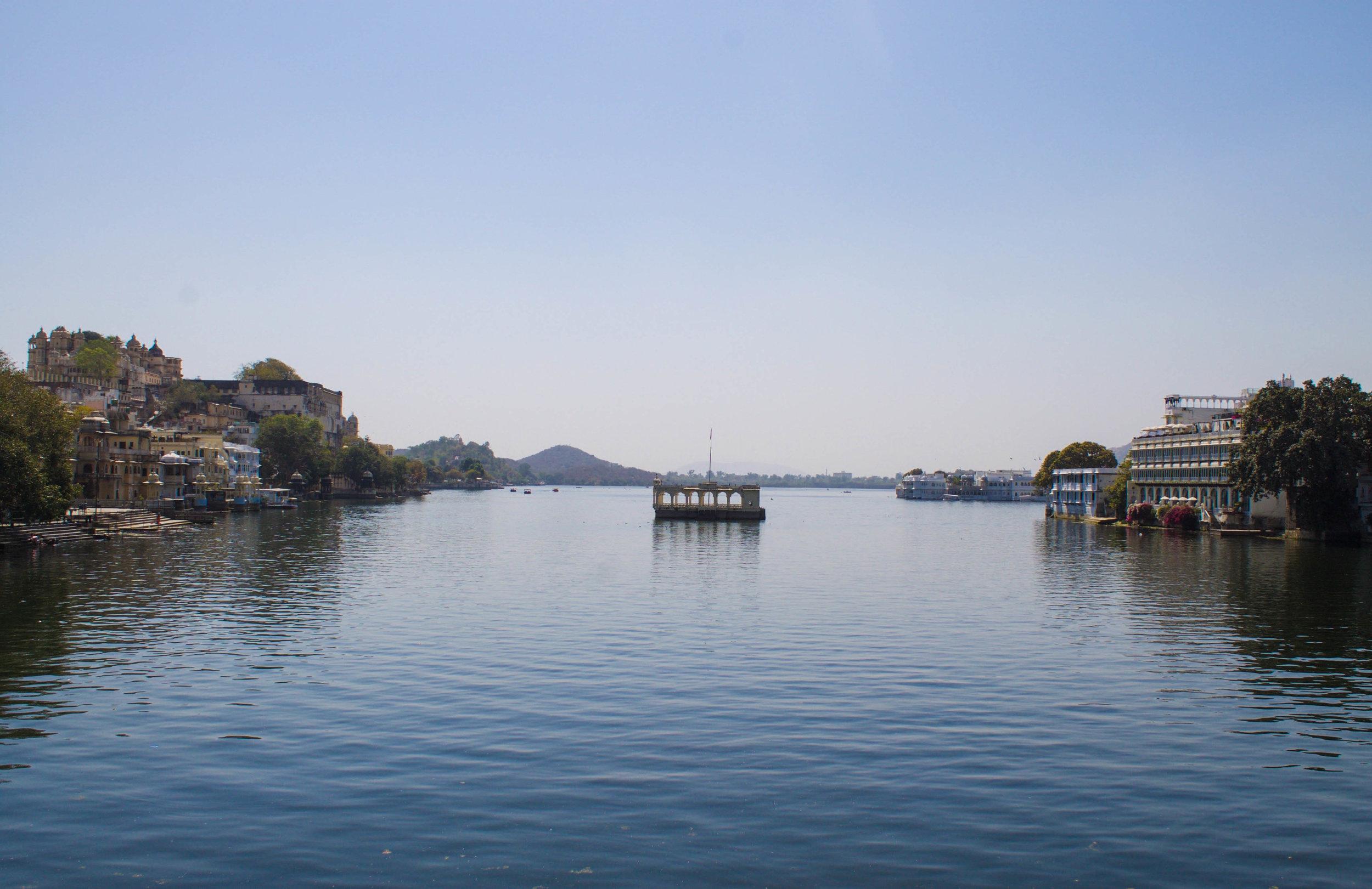 udaipur-water.jpg