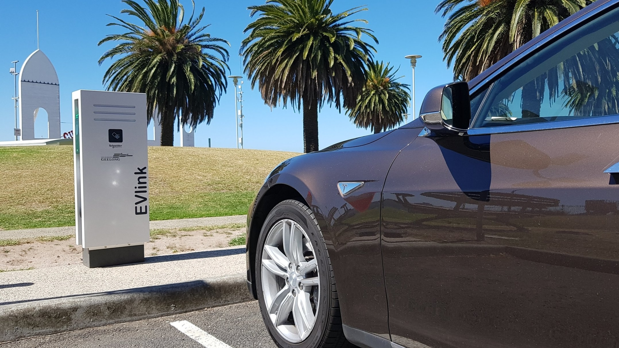 Where do I charge? - Don't just charge at home - find out your options for destination and public charging