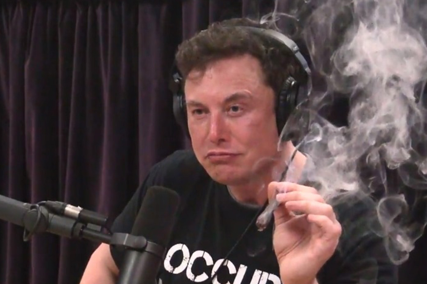 AND ELON WOULD NEVER LET US FORGET THE 420 LITRES OF BOOT SPACE