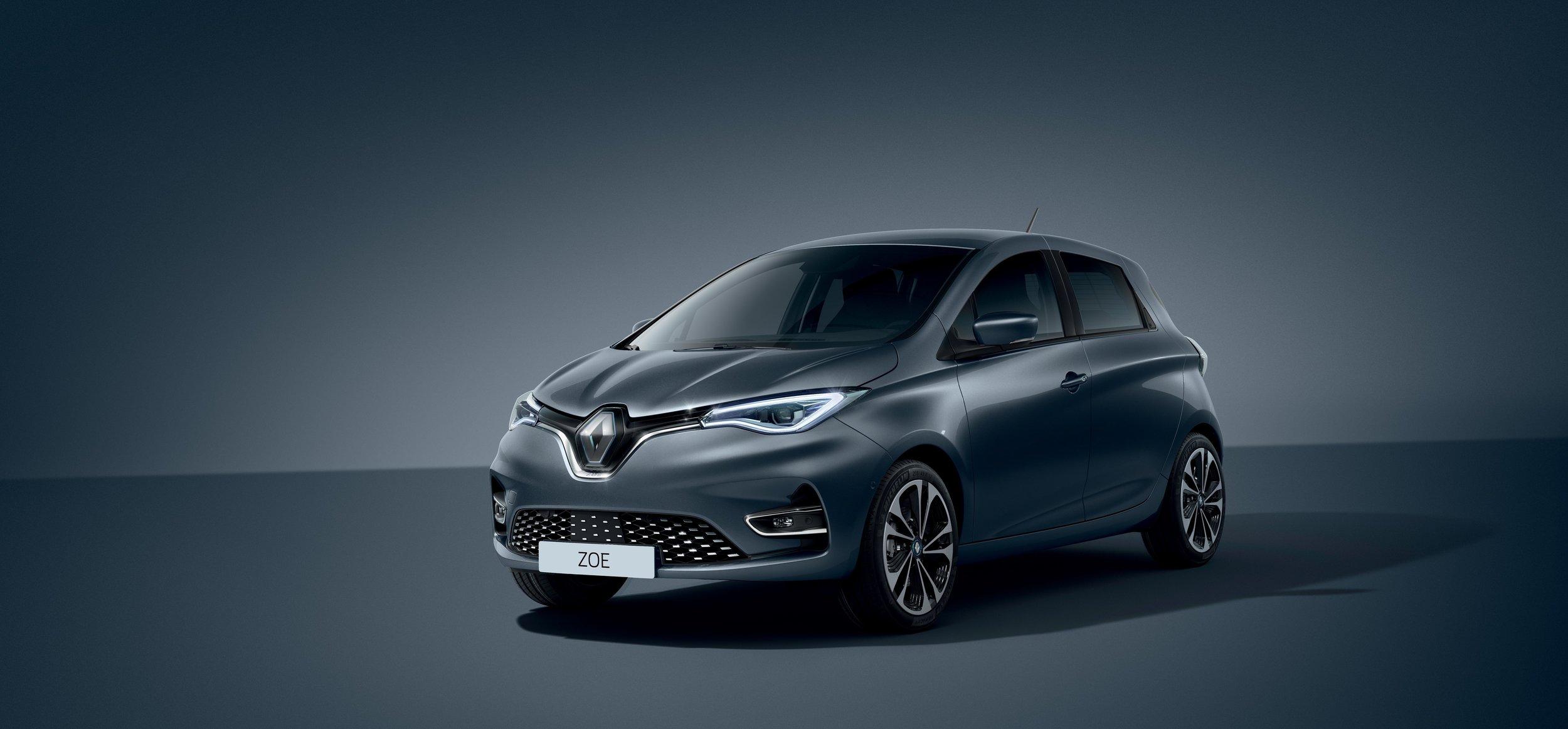 21227957_2019_-_New_Renault_ZOE.jpg