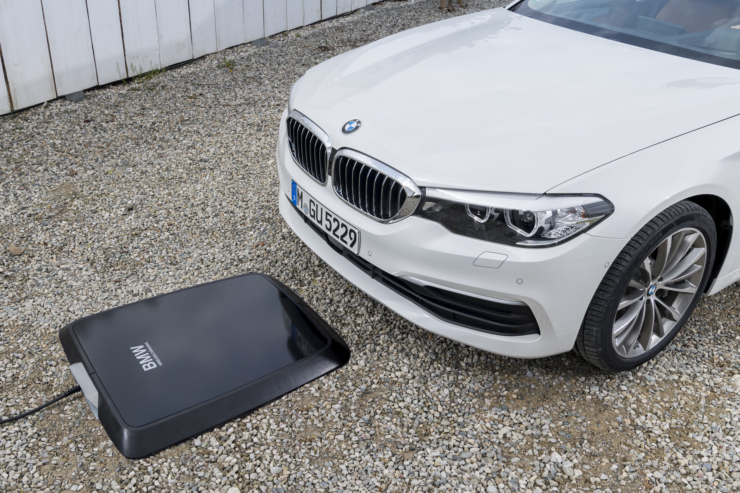 The BMW GroundPad and 530e