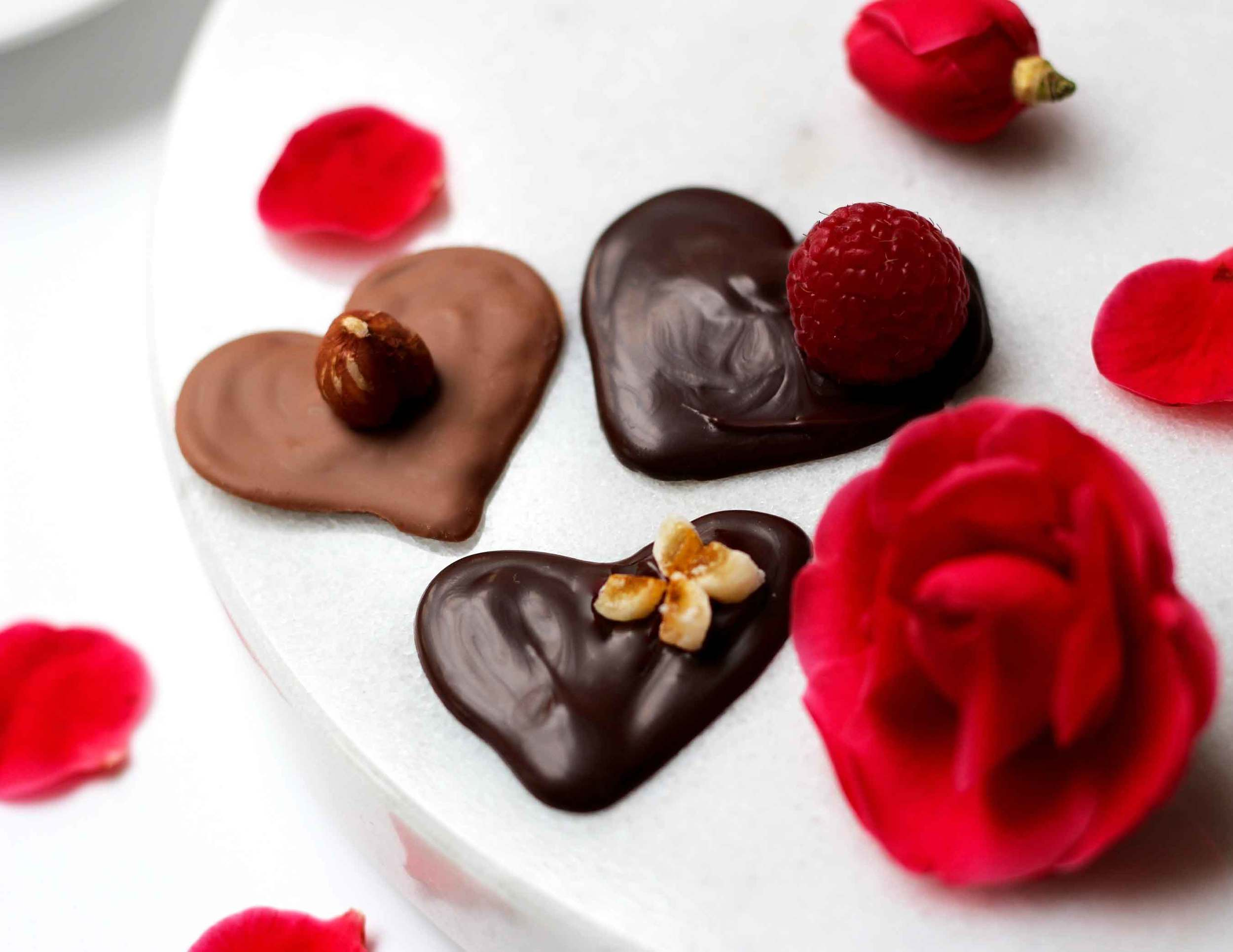 handmade chocolate hearts for Valentine's Day, recipe by Thread & Whisk