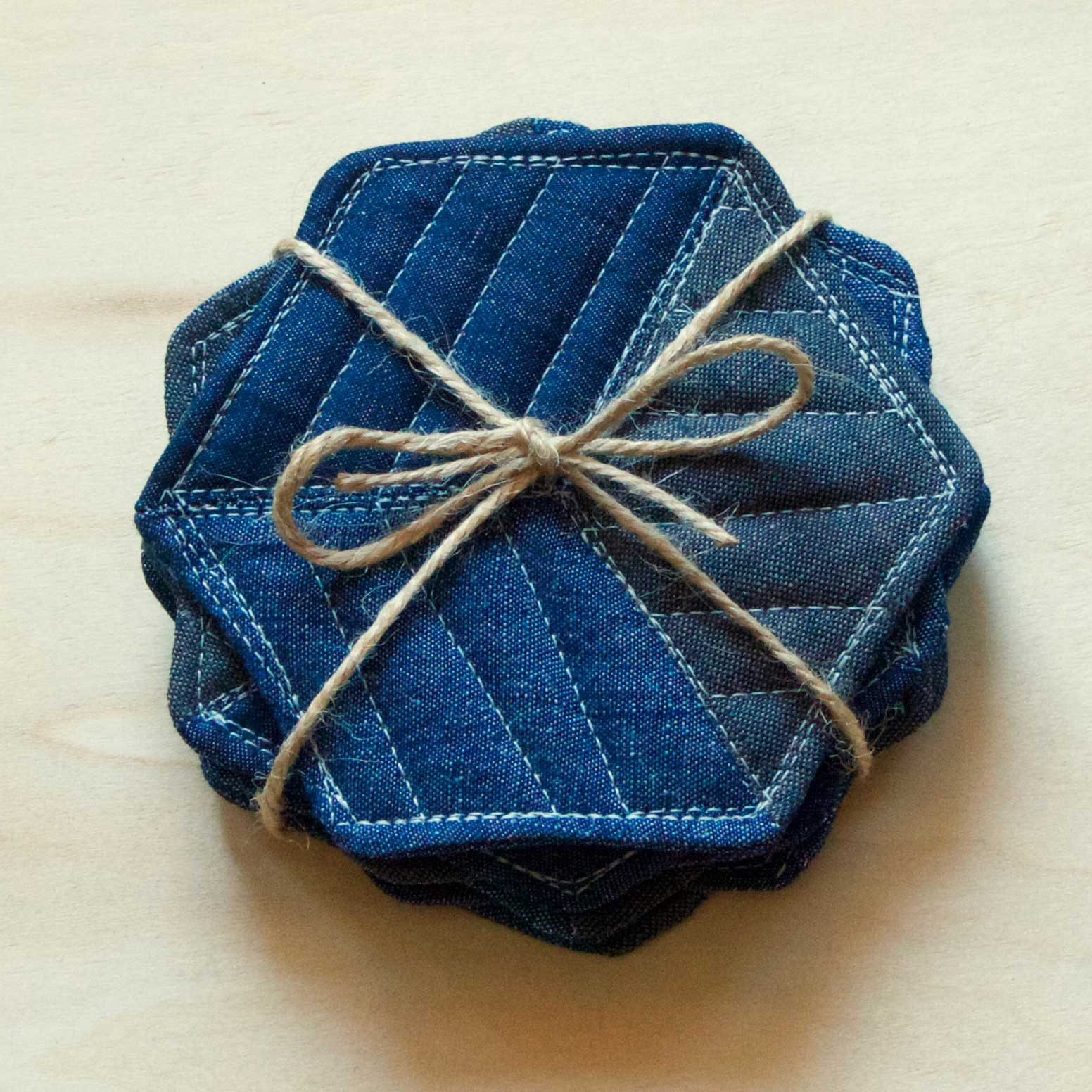 Quilted coasters make a great gift, tutorial by Thread & Whisk