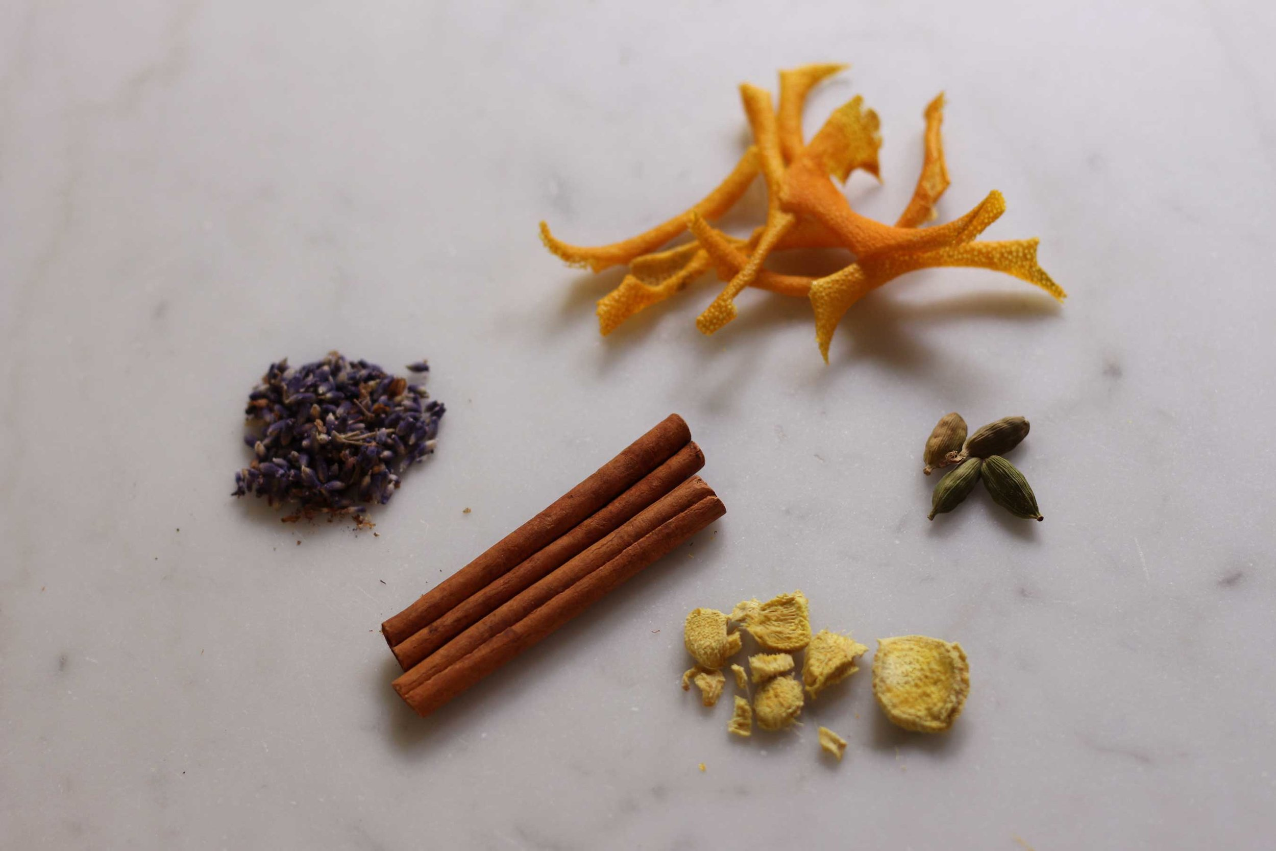For a fresher holiday scent blend in your home, pocket or dresser, try this combination of Orange peel, lavender, cinnamon, ginger and cardamom. It reads holiday, but with a lighter touch. Recipe at Thread & Whisk.