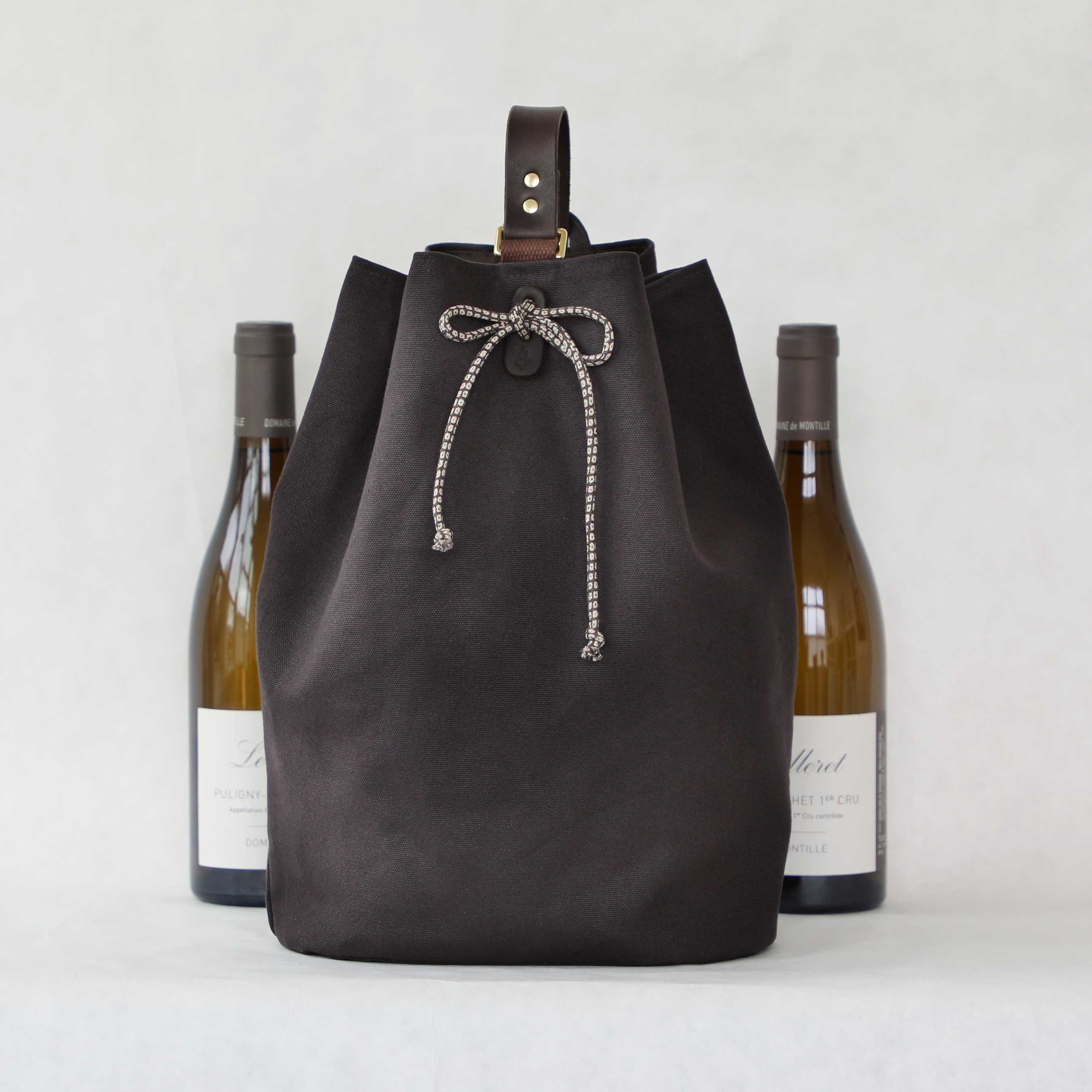 Larkspur 2-Bottle Wine Carrier $145