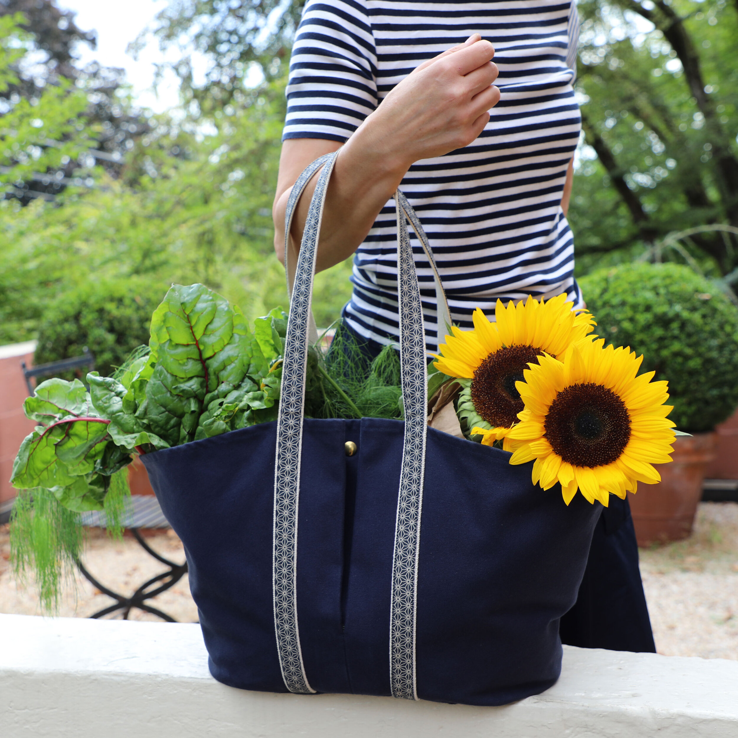 Linden Market Tote in Blue