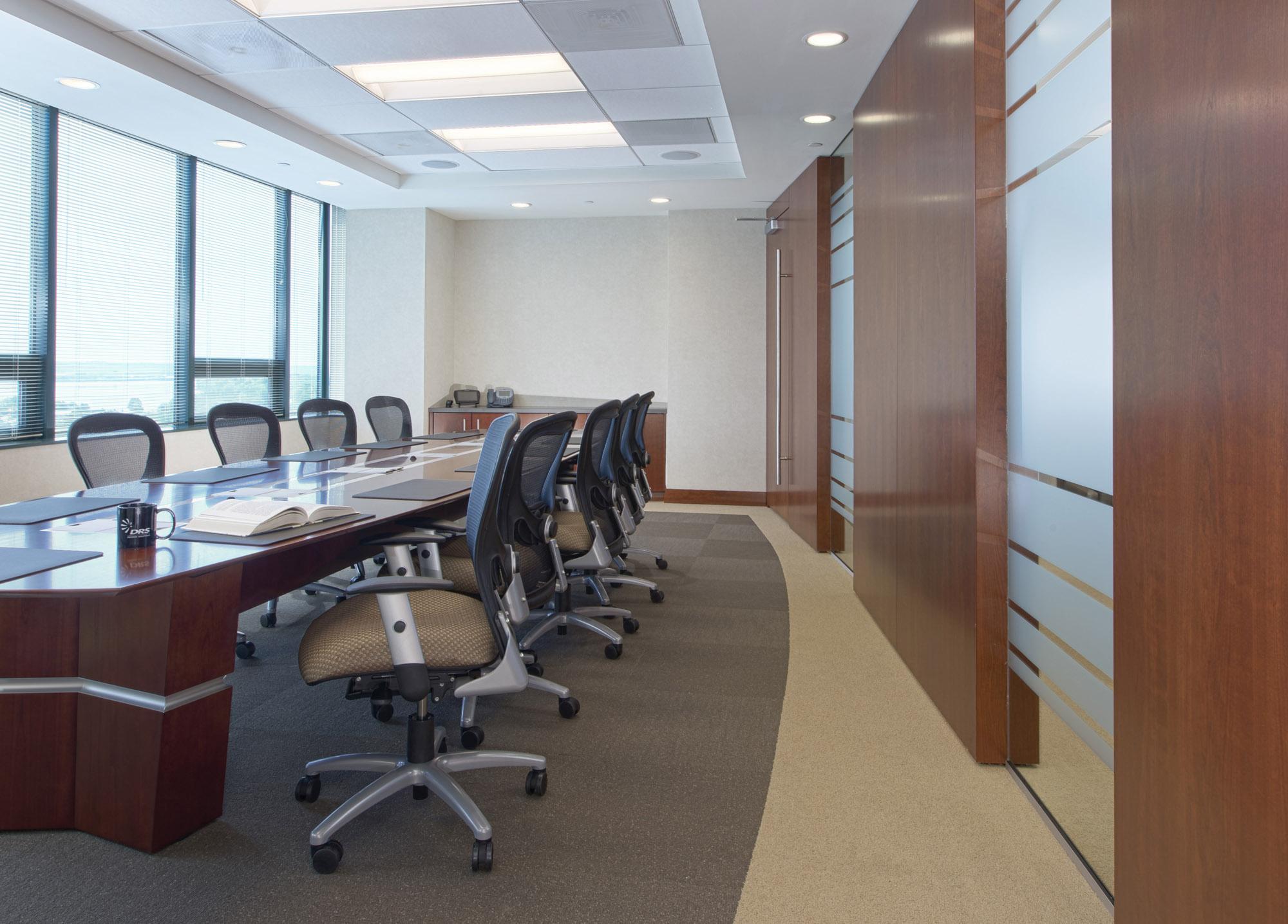 DRS VA Office Interior Image R121337.jpg