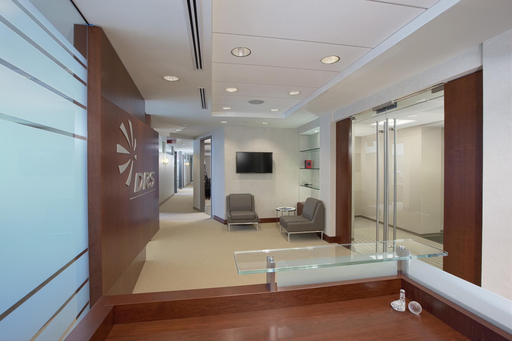 DRS VA Office Interior Image R121300.jpg