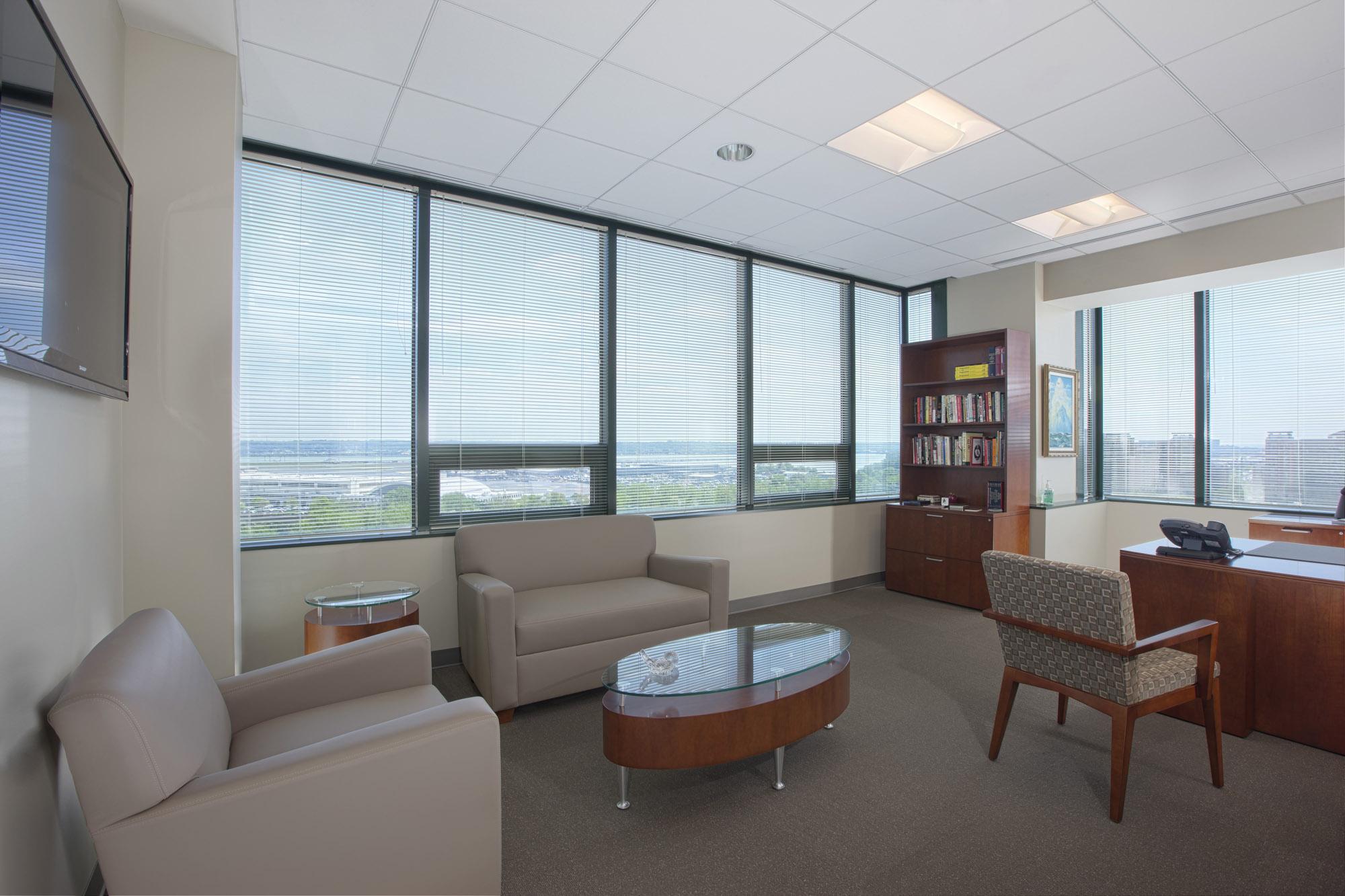 DRS VA Office Interior Image R121409.jpg