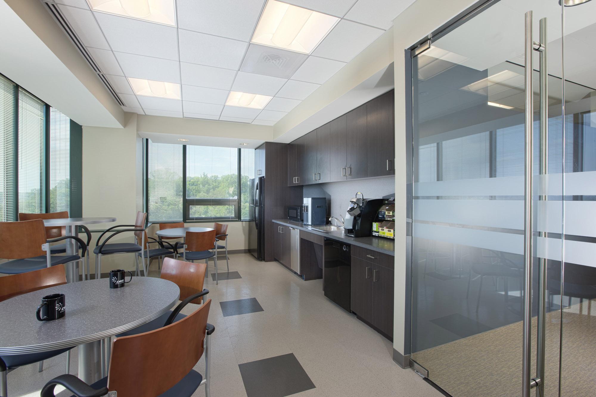 DRS VA Office Interior Image R121425.jpg