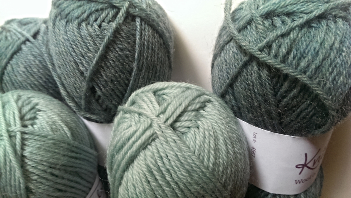 KnitPicks Wool of the Andes Sport in Thirst Heather and Sagebrush