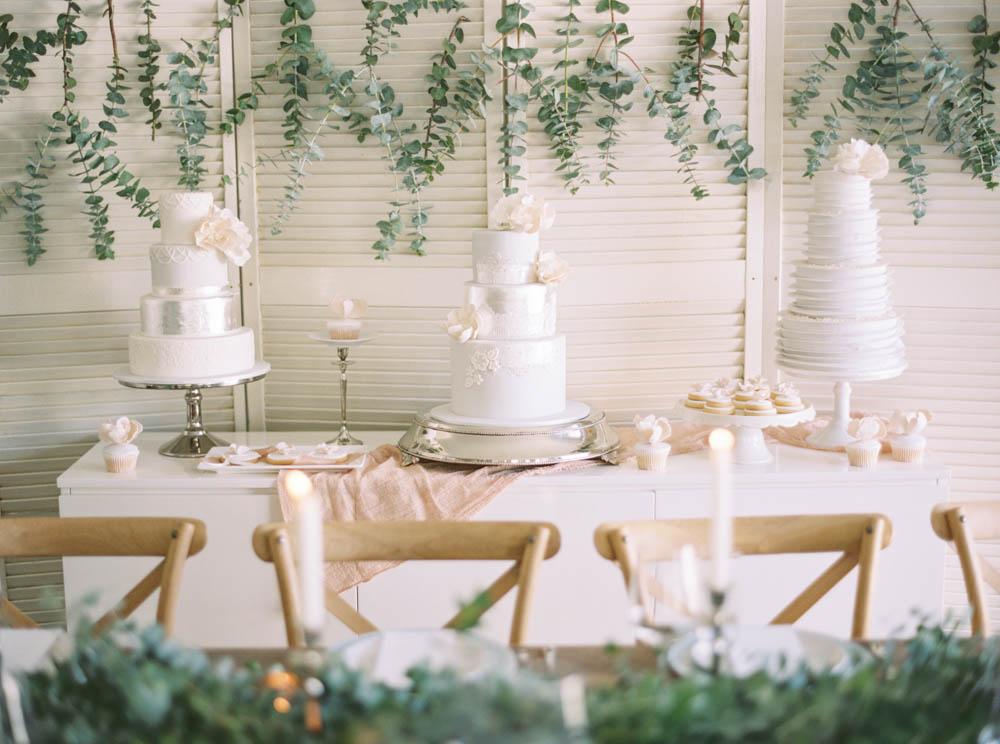 DeLaRosa Cake Shoot Katie Grant Photography-206.jpg