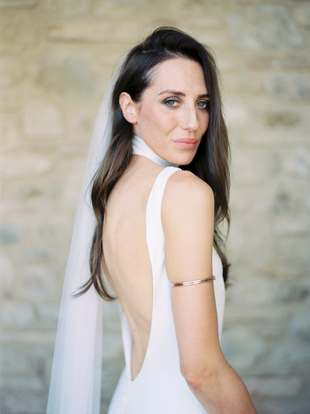 BRIDES ...for that classic, modern wedding