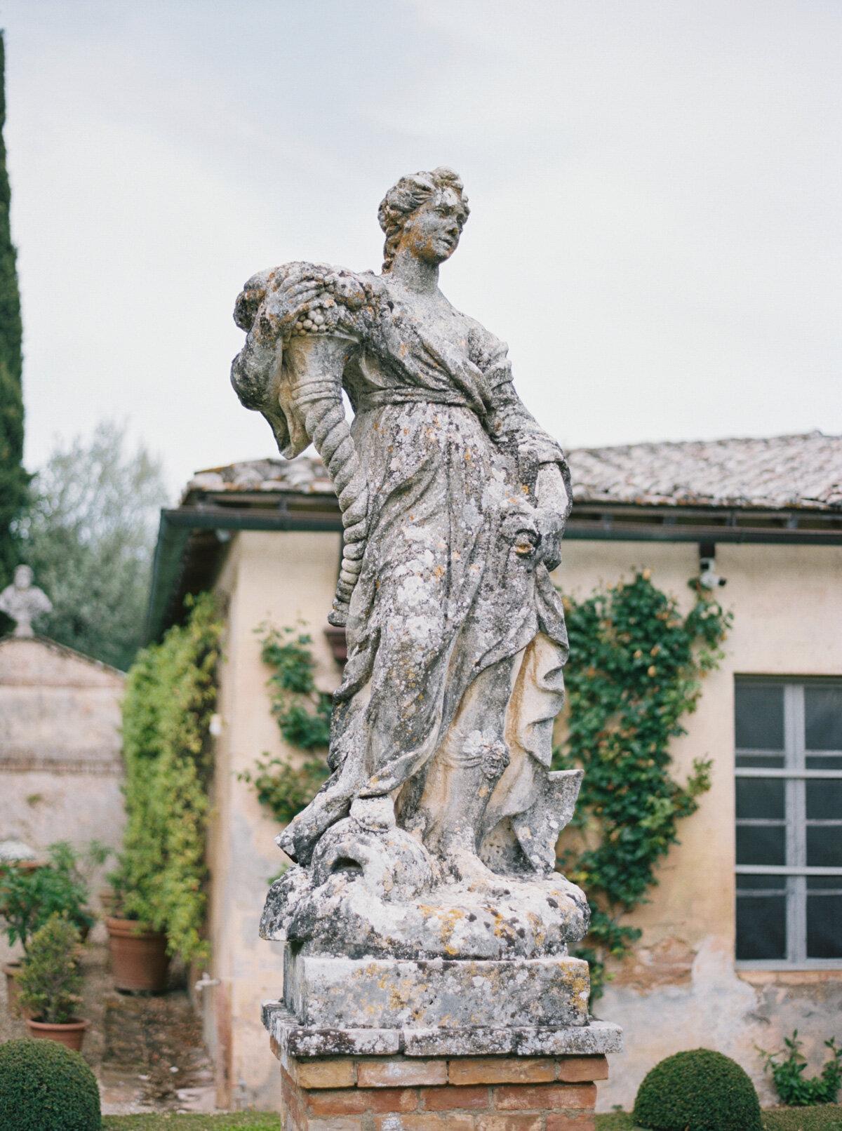 Villa-Cetinale-Tuscany-Katie-Grant-destination-wedding (2 of 115).jpg