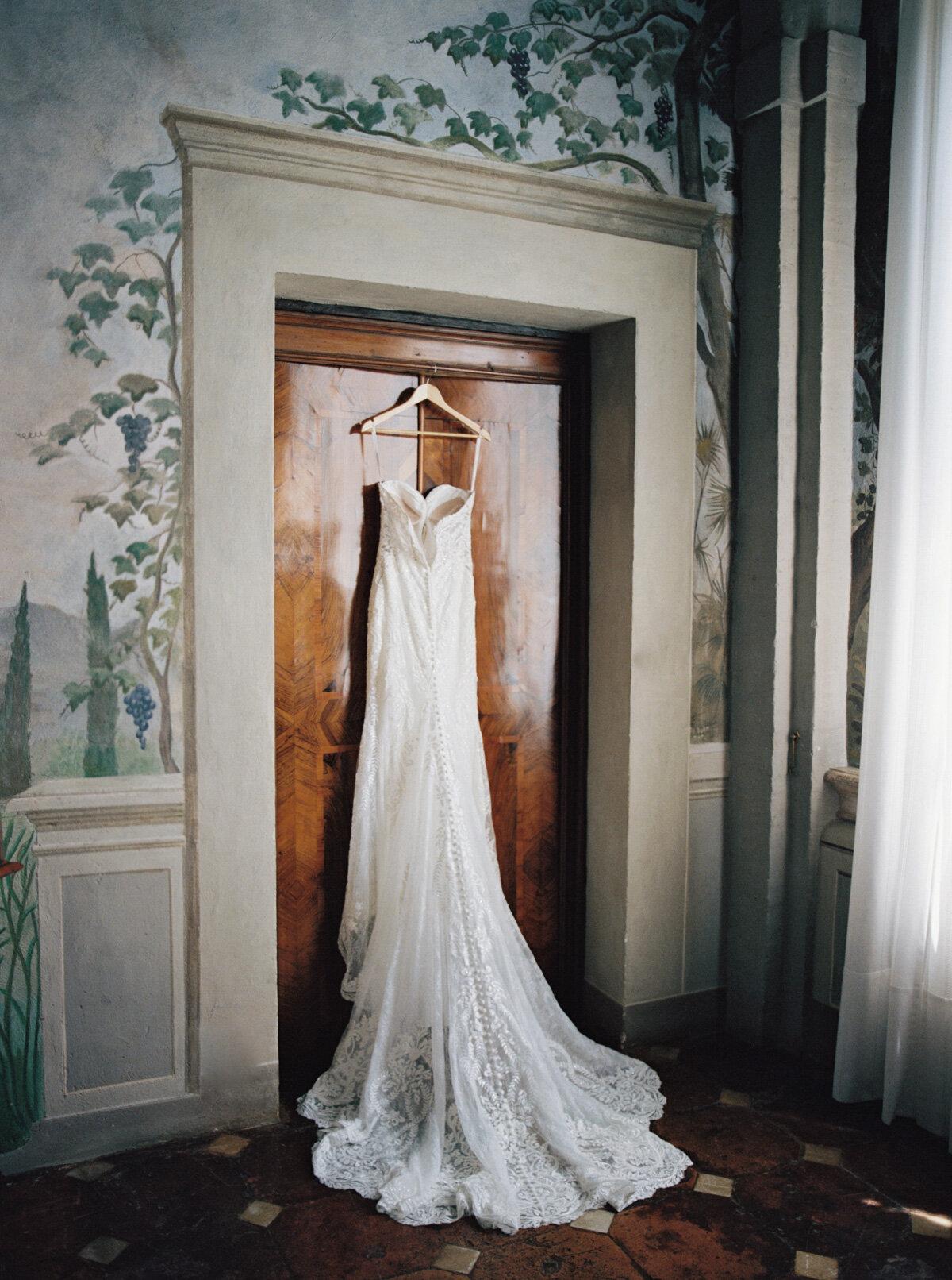 Villa-Cetinale-Tuscany-Katie-Grant-destination-wedding (20 of 115).jpg