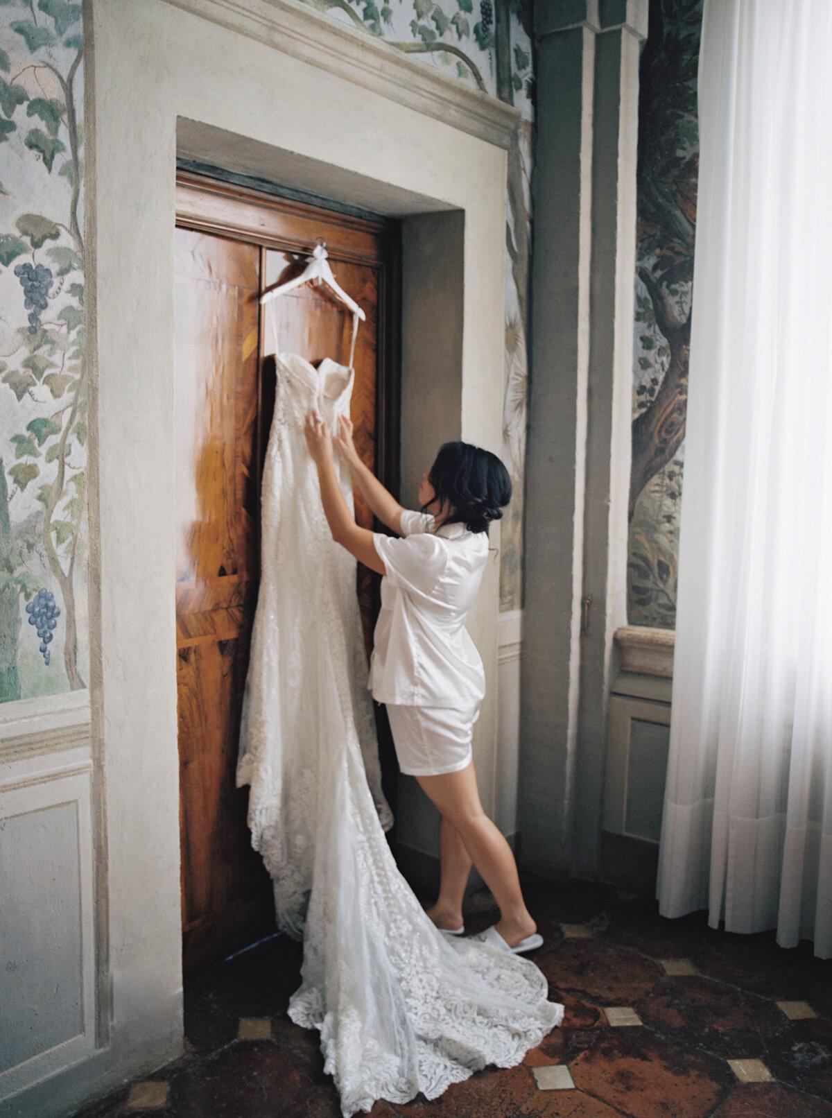 Villa-Cetinale-Tuscany-Katie-Grant-destination-wedding (30 of 115).jpg