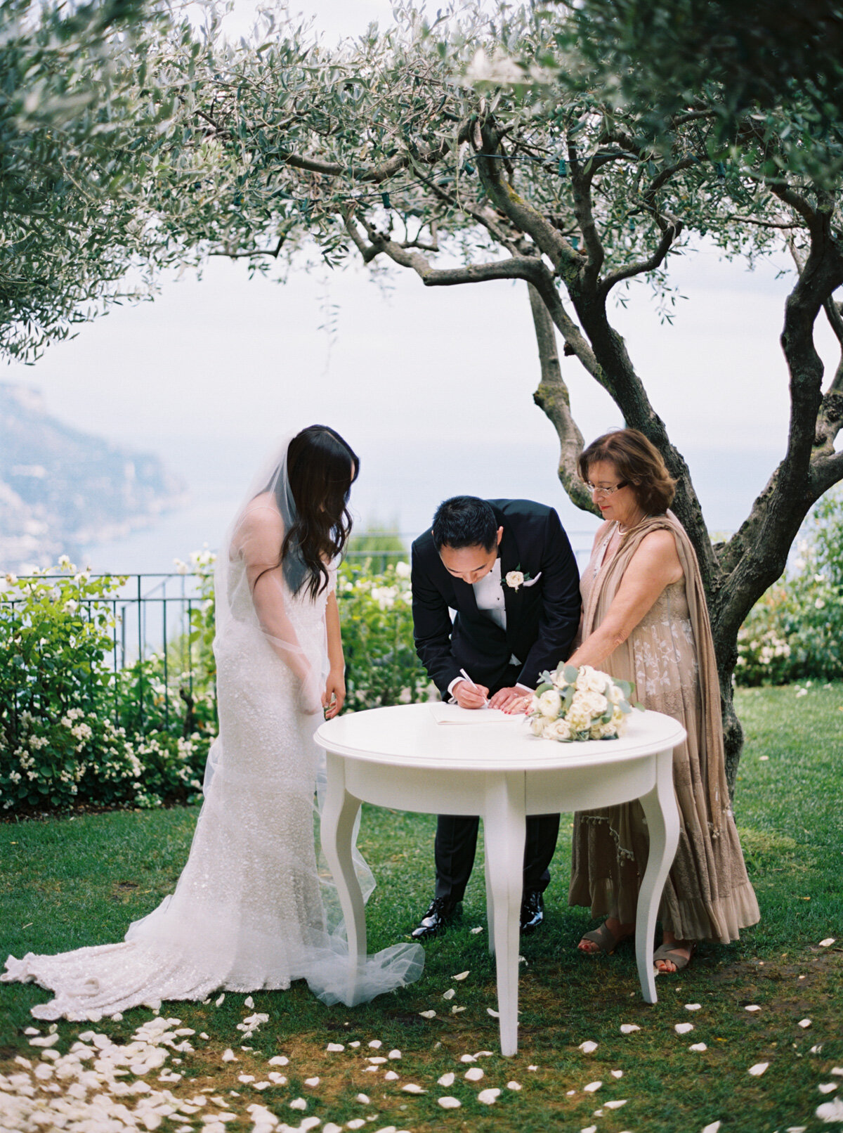 Belmond-Hotel-Caruso-ravello-elopement-Katie-Grant-destination-wedding (30 of 50).jpg