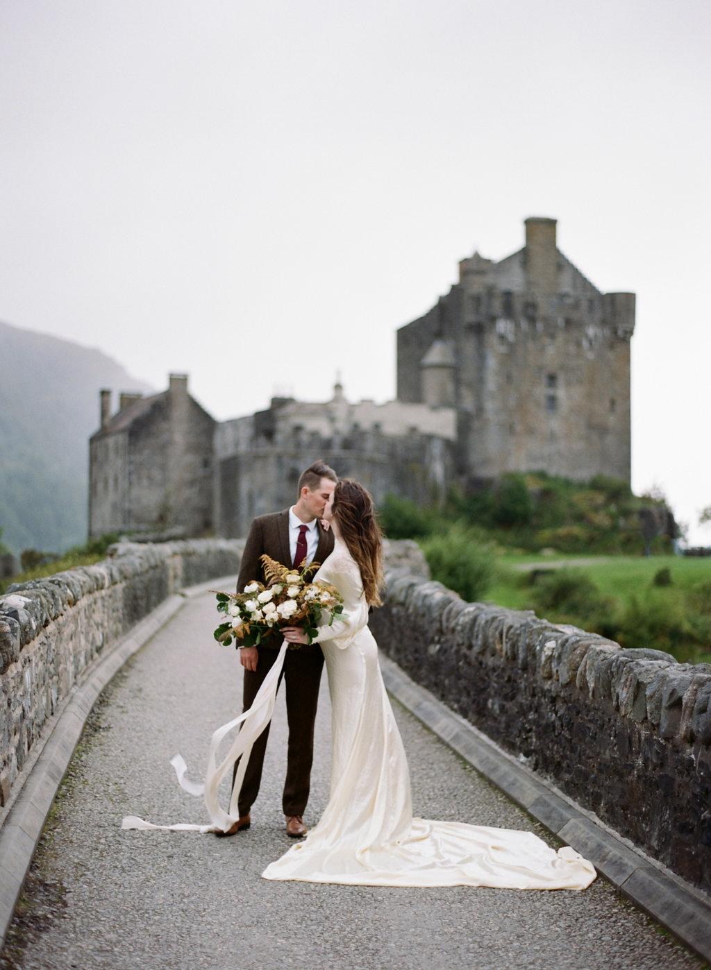 Scotland-Prewedding-highlands-castle-Engagment-Photos-Katie-Grant (5 of 139).jpg