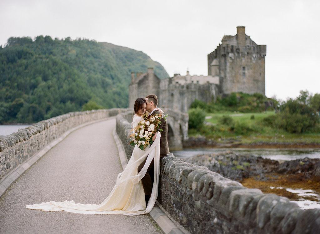 Scotland-Prewedding-highlands-castle-Engagment-Photos-Katie-Grant (8 of 139).jpg