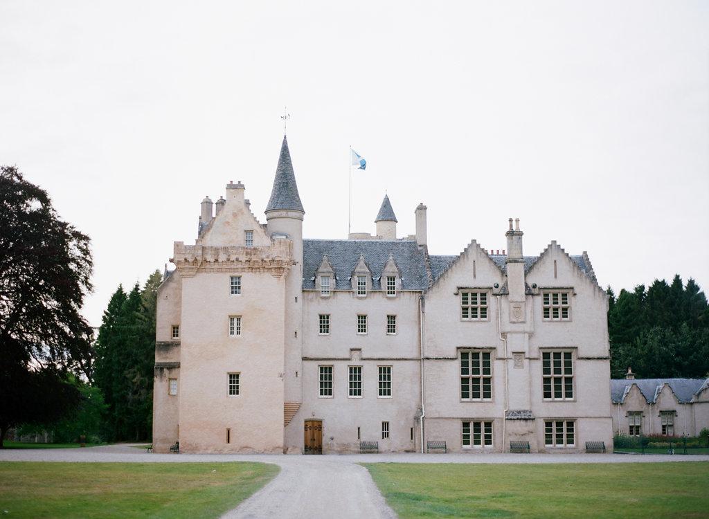 Scotland-Prewedding-highlands-castle-Engagment-Photos-Katie-Grant (40 of 139).jpg