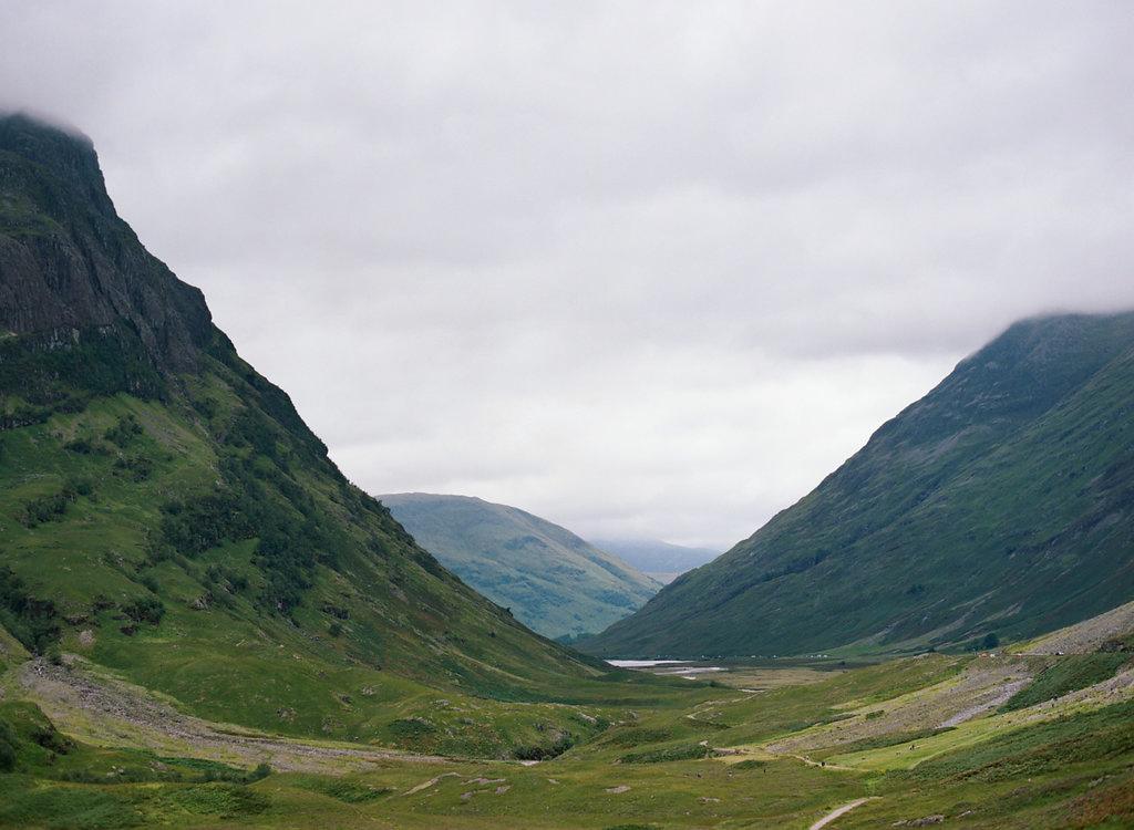 Scotland-Prewedding-highlands-castle-Engagment-Photos-Katie-Grant (72 of 139).jpg