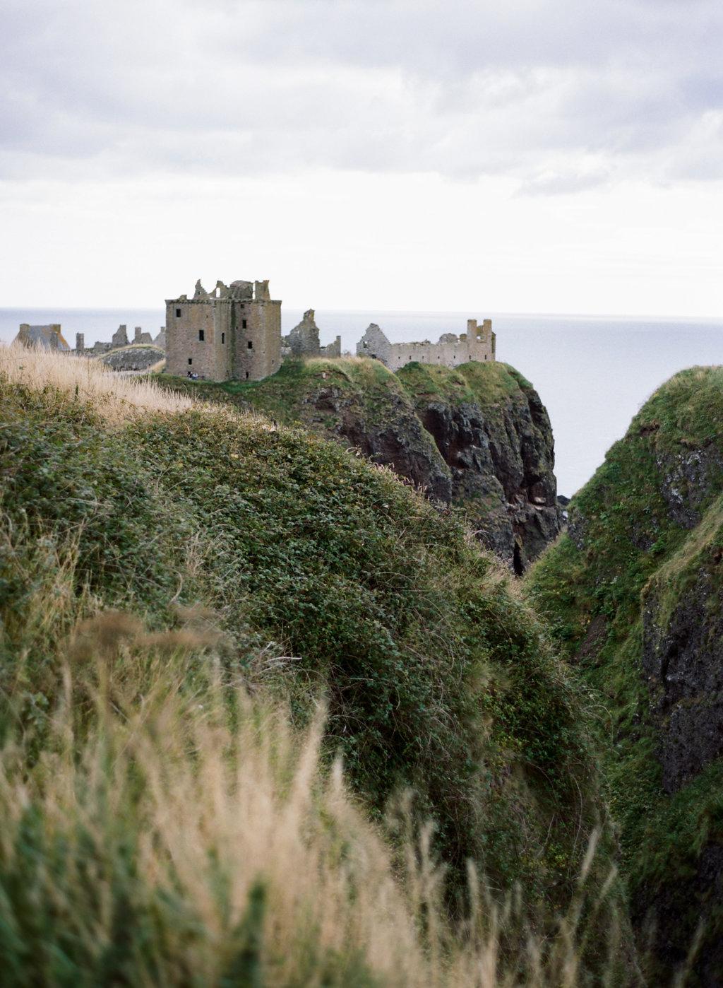 Scotland-Prewedding-highlands-castle-Engagment-Photos-Katie-Grant (118 of 139).jpg