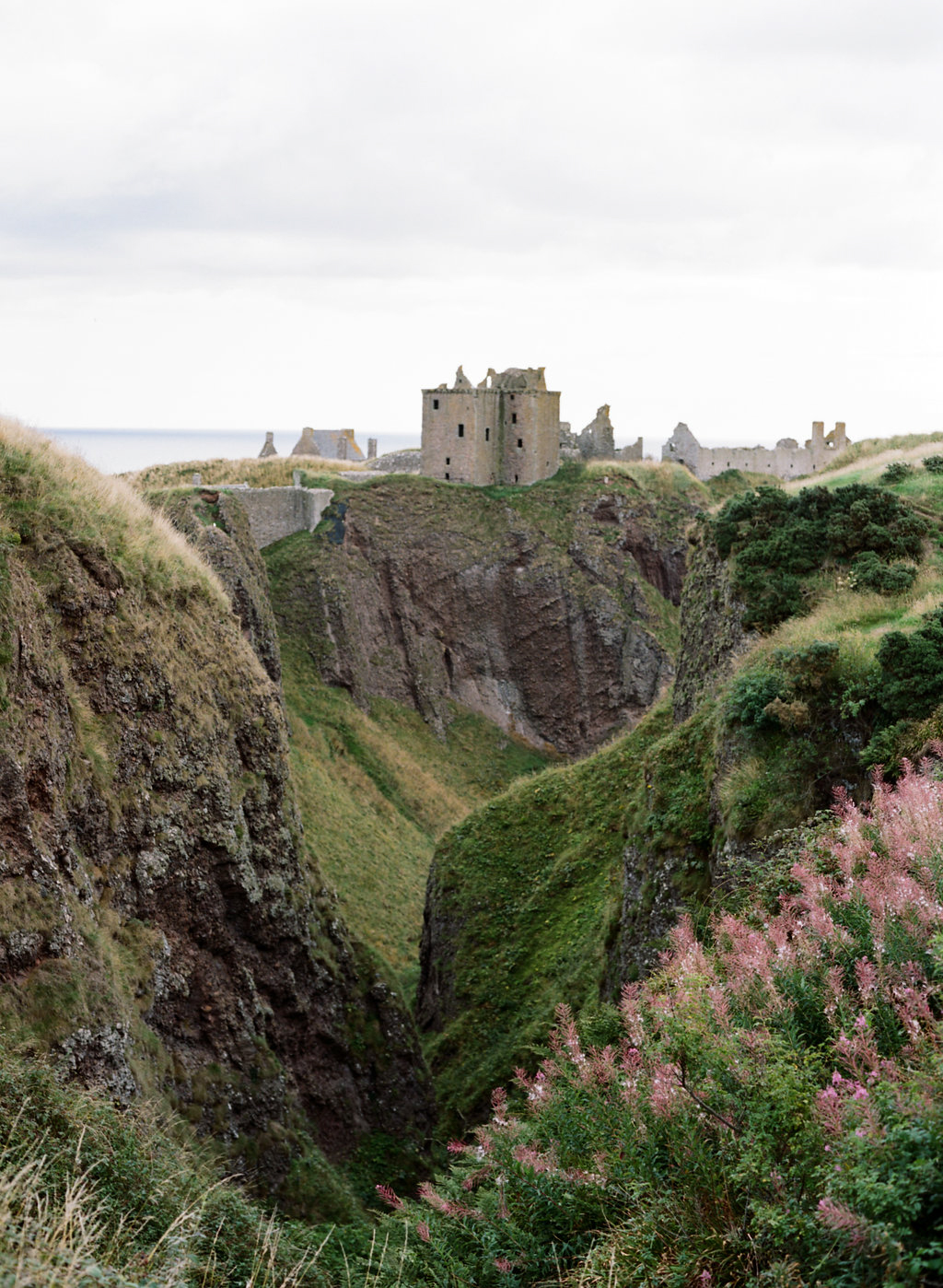 Scotland-Prewedding-highlands-castle-Engagment-Photos-Katie-Grant (120 of 139).jpg