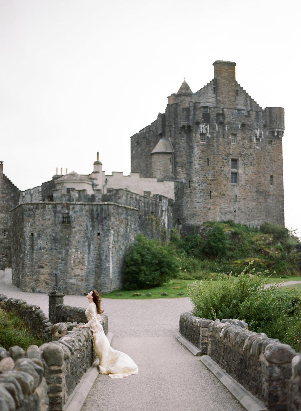 Scotland-Prewedding-highlands-castle-Engagment-Photos-Katie-Grant (125 of 139).jpg