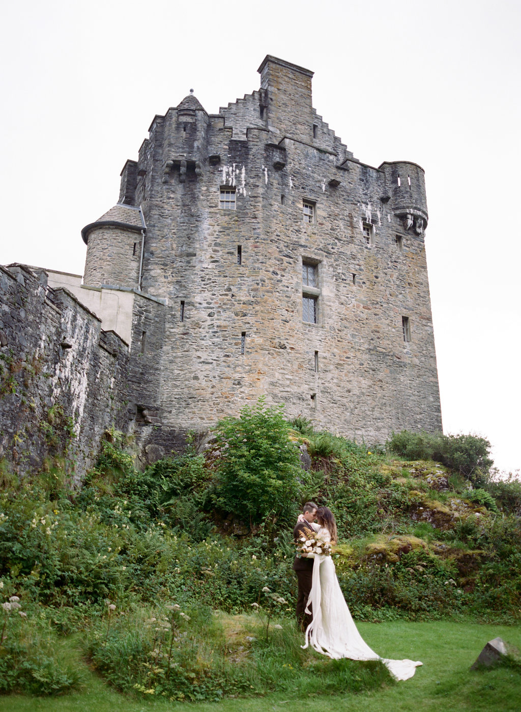 Scotland-Prewedding-highlands-castle-Engagment-Photos-Katie-Grant (124 of 139).jpg