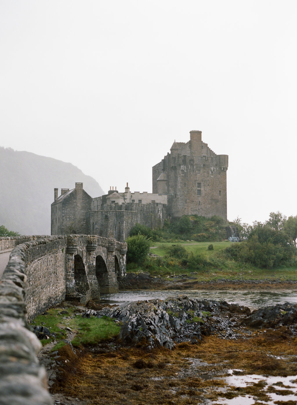 Scotland-Prewedding-highlands-castle-Engagment-Photos-Katie-Grant (130 of 139).jpg