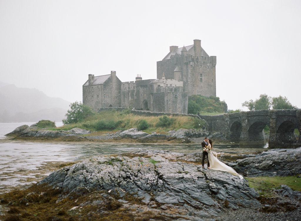 Scotland-Prewedding-highlands-castle-Engagment-Photos-Katie-Grant (133 of 139).jpg