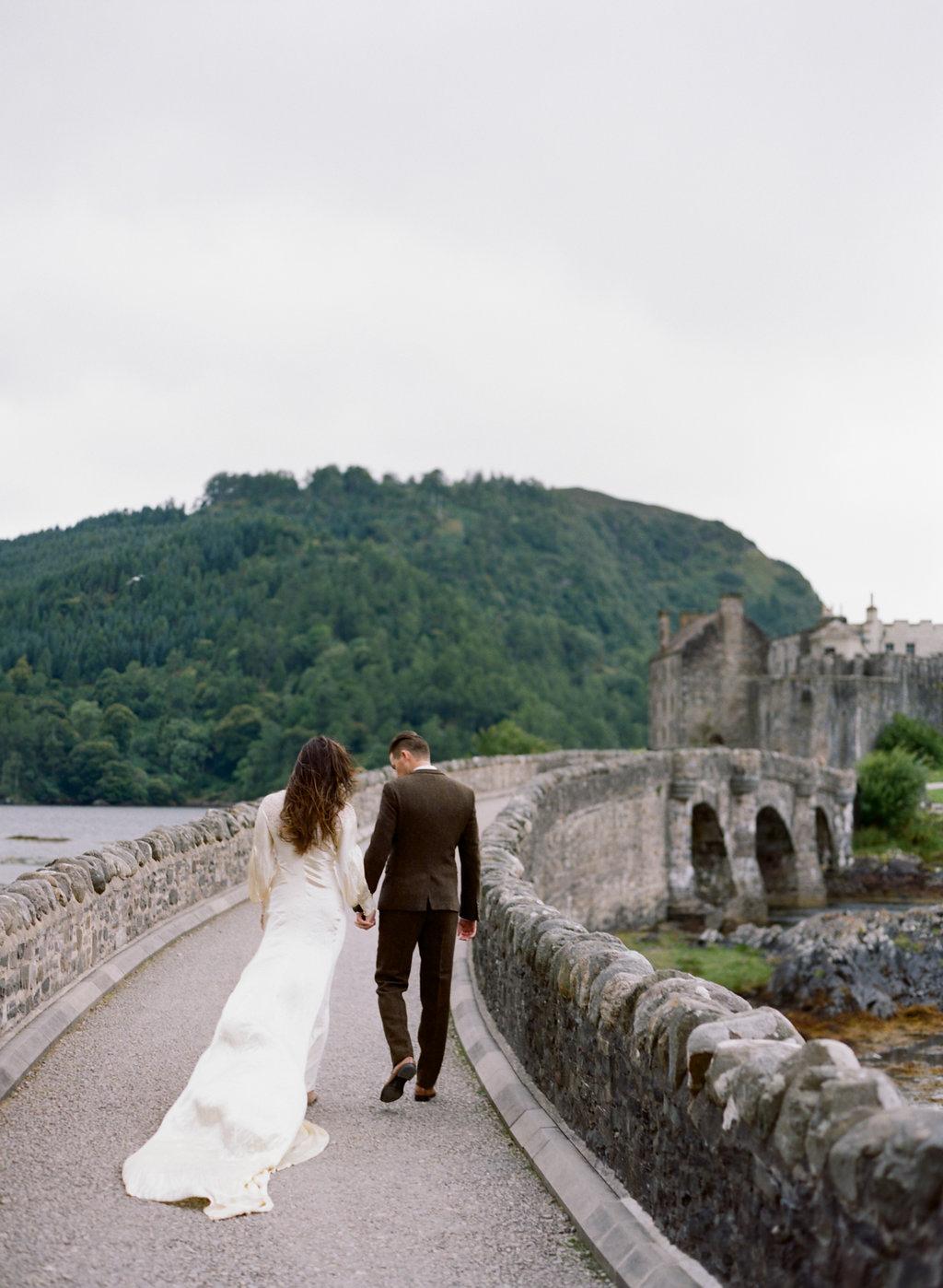 Scotland-Prewedding-highlands-castle-Engagment-Photos-Katie-Grant (134 of 139).jpg