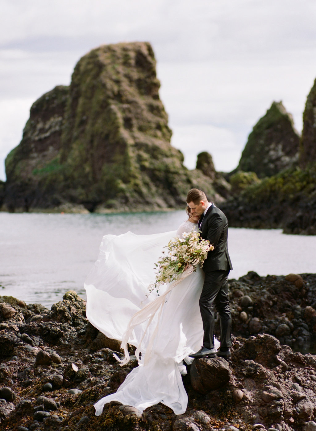 Scotland-Prewedding-highlands-castle-Engagment-Photos-Katie-Grant (138 of 139).jpg