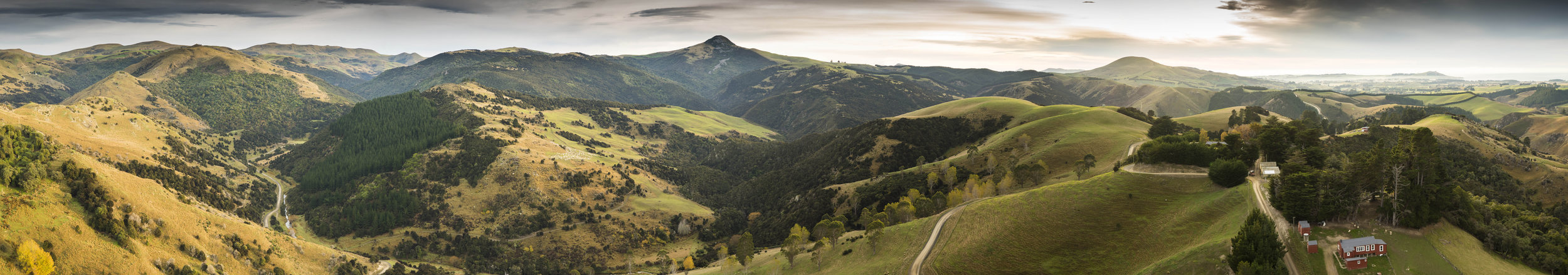 Mt_Watkins_Autumn_180_Panorama.jpg
