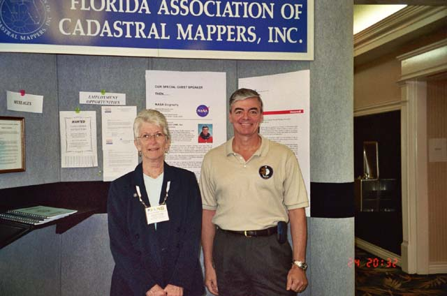 FACM President Cheryl Gerwig with former astronaut Andrew Allen.jpg