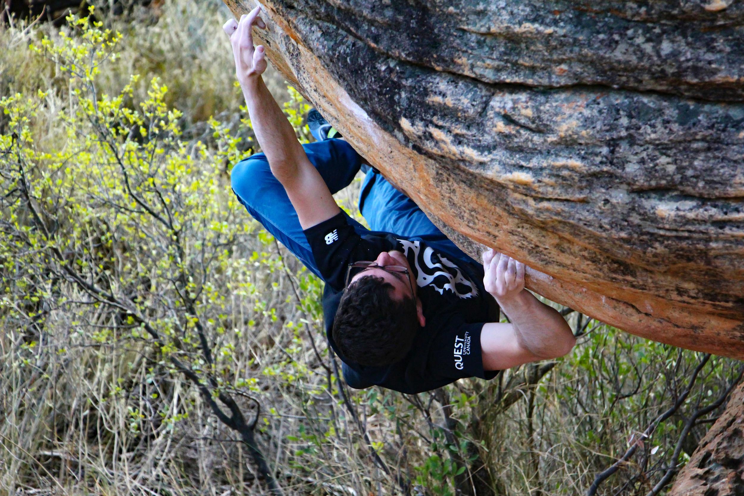 Climb: Weichei (V10)